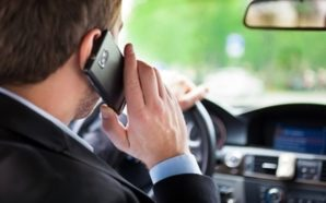 Stop alle distrazioni tecnologiche alla guida