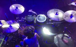 Il piccolo batterista Nicola affascina Terzigno con il suo spettacolo…