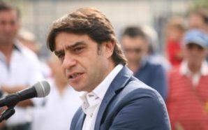 Tragedia sfiorata a Poggiomarino: disoccupato lancia benzina sul sindaco e…
