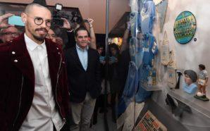 """Hamsik """"presta"""" la maglietta del gol record al Museo Nazionale…"""
