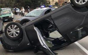 Incidente stradale a Napoli: auto si ribalta su corso Vittorio…