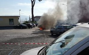 Ottaviano: sale a 12 il numero di automobili bruciate
