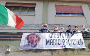 Giustizia per Marco Paciolla: striscione al Municipio di Pollena Trocchia